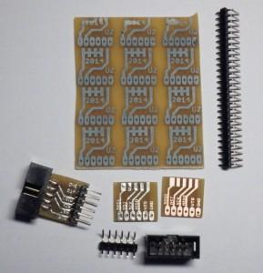Der Adapter in verschiedenen Stadien der Fertigstellung.