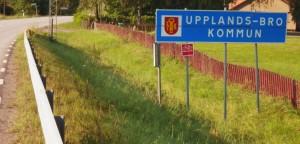 Entering Upplands-Bro municipality, Stockholms län.